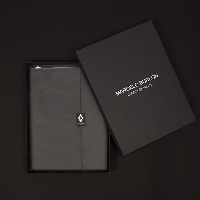packaging box for clothes